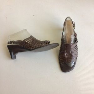Naturalizer Huaraches Sandals Brown Heels Size 1